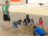 Wir spielen im Sand